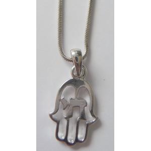 Main avec hai en métal argenté